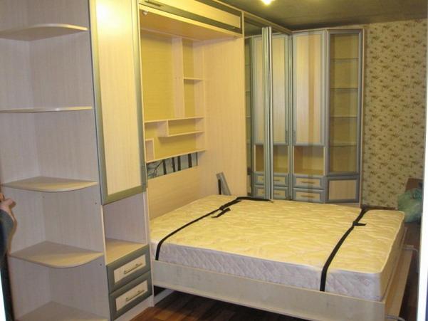 Складная кровать фото